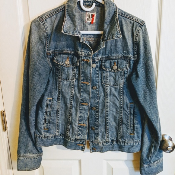 Old Navy Jackets & Blazers - Old Navy jean jacket, M